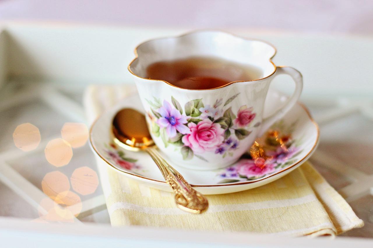 La porcelaine, un choix indémodable pour votre vaisselle